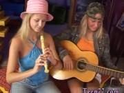 Teen maid anal Two jummy blondie lesbians
