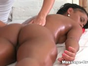 Teen ebony massage and lesbian action